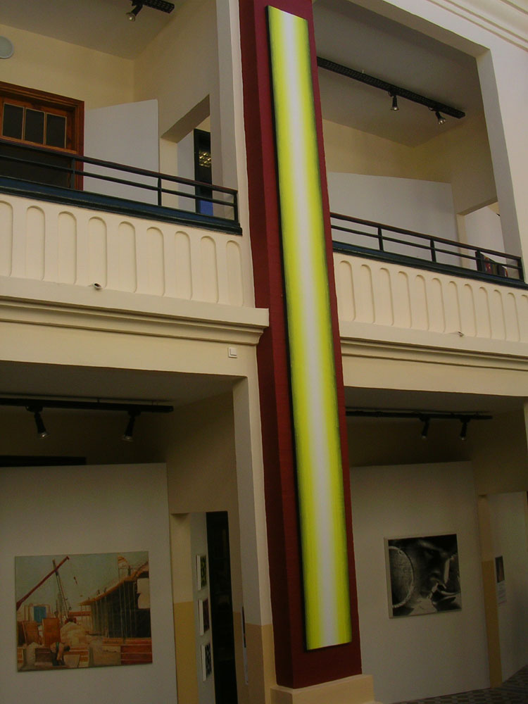 Huiles sur toiles Jaune de 600x50cm , photographies de Bruno Campagnie (gche et droite )